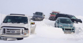 10 Things To Do If You get Stranded in Your Vehicle In The Winter