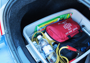 Everyone Needs a Winter Emergency Kit